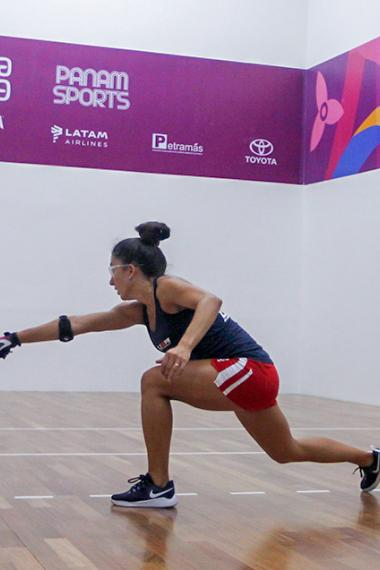 Kelani Lawrence from the US and Paz Muñoz from Ecuador competing in the preliminary round of the racquetball match held at the Callao Regional Sports Village at Lima 2019.