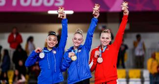 Americans Leanne Wong (silver), Riley Mc Cusker (gold), and Canadian Elsabeth Black (bronze) at Lima 2019