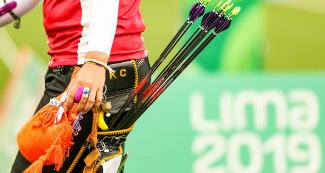 American athlete Casey Kaufhold with her arrows in the women's recurved bow event at the Lima 2019 Games at the Villa María del Triunfo Sports Center