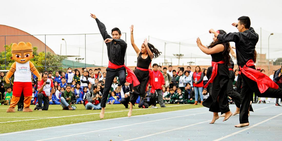 Music performances and Milco at the Regional Stage of the National School Sports Games