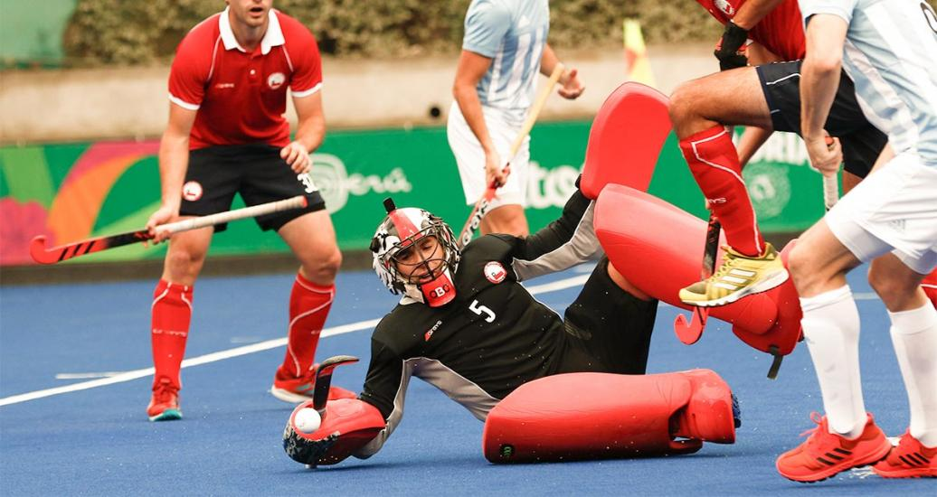 Argentina beat Chile at the Lima 2019 hockey competition.