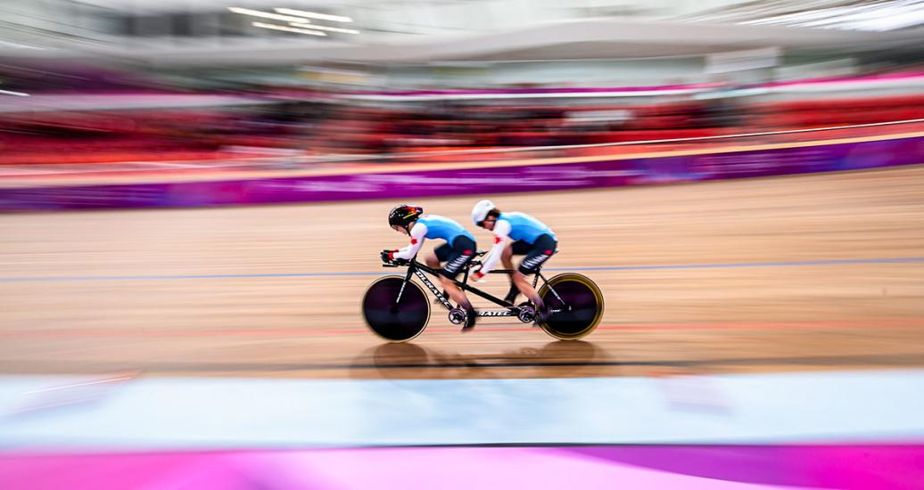 Annie Bouchard and her pilot Evelyne Gagnon competing in Para cycling track at the National Sports Village – VIDENA, Lima 2019