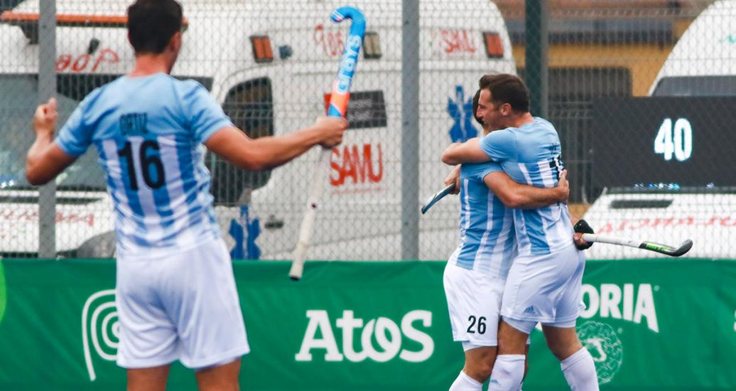 The Argentinian team celebrating its victory against USA during the hockey semifinals in Lima 2019 Games at the Villa María del Triunfo Sports Center