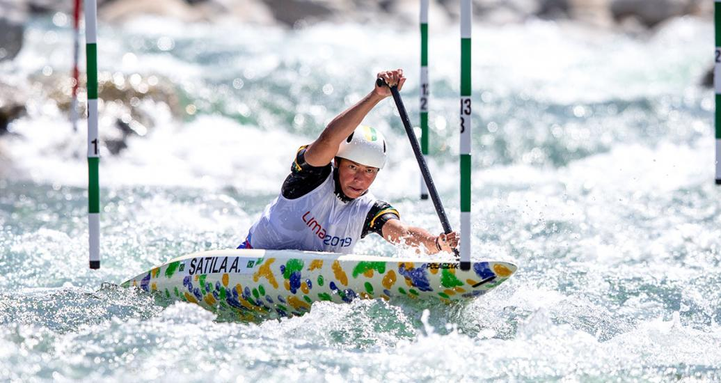 Brazil's Ana Satila competing at the women's C1 category in Río Cañete - Lunahuana